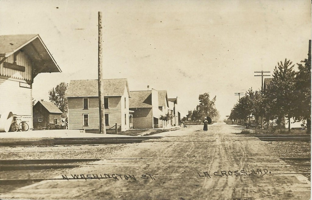 Postcard - 1909 - Looking north on N. Washington St., LaCrosse, IND - front